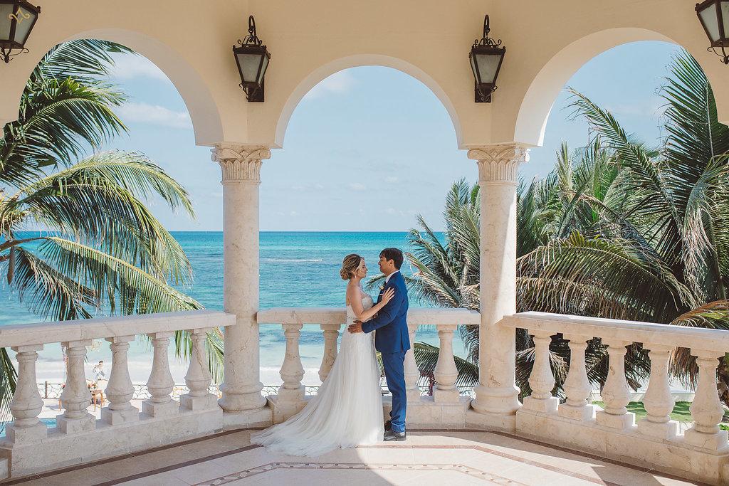 cancun-destination-wedding-mexico-villa-la-joya-13.jpg