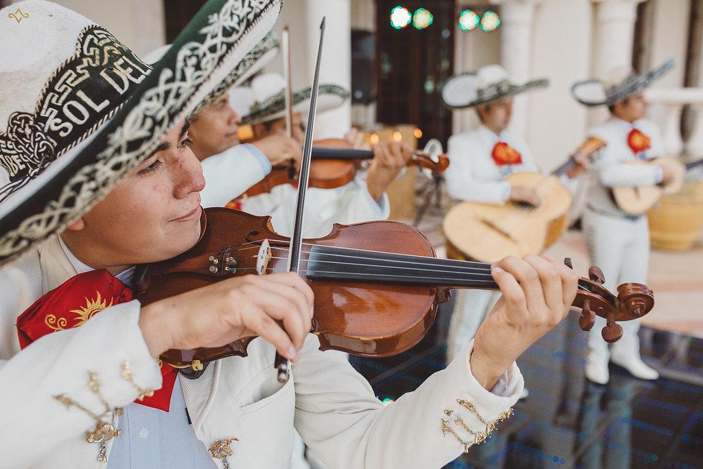 cancun-destination-wedding-mexico-villa-la-joya-34.jpg