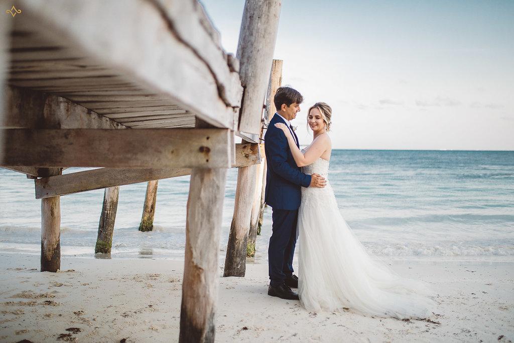 cancun-destination-wedding-mexico-villa-la-joya-37.jpg