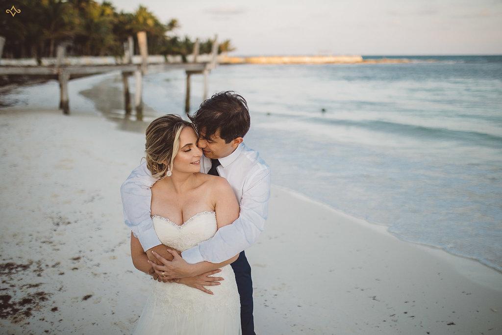 cancun-destination-wedding-mexico-villa-la-joya-38.jpg