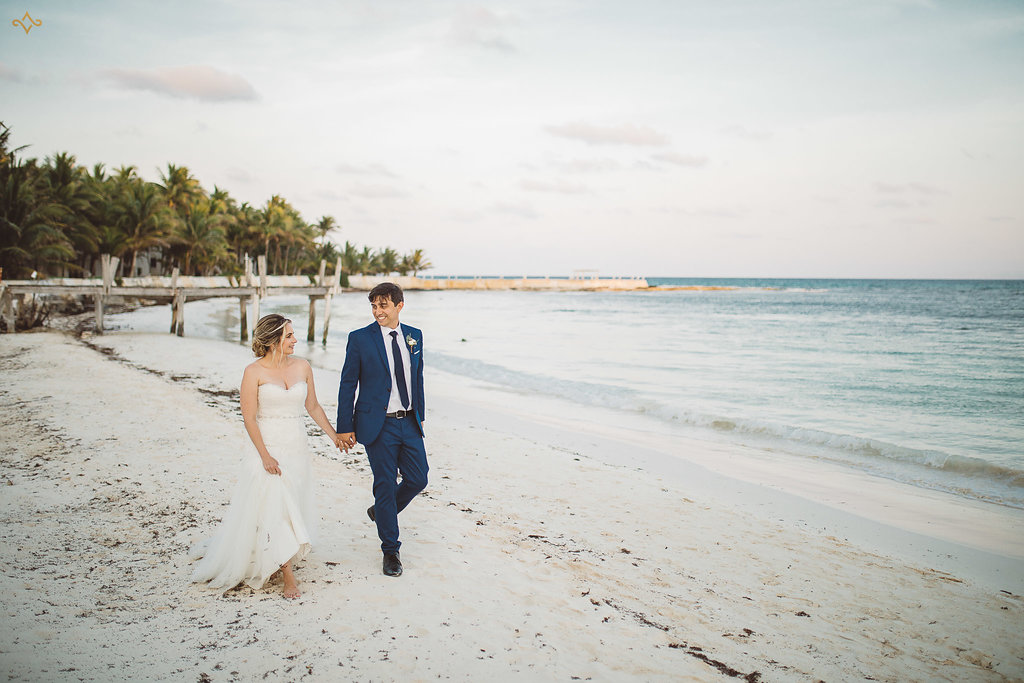 cancun-destination-wedding-mexico-villa-la-joya-40.jpg