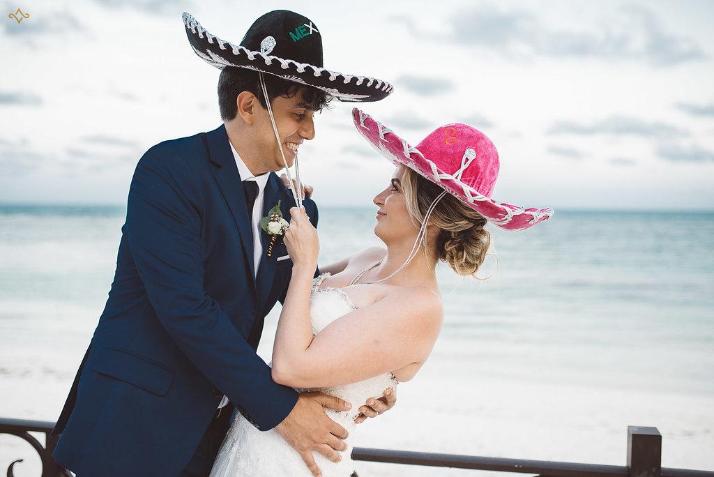 cancun-destination-wedding-mexico-villa-la-joya-41.jpg