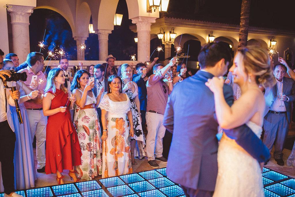 cancun-destination-wedding-mexico-villa-la-joya-43.jpg
