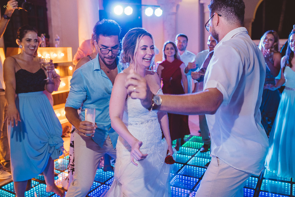 cancun-destination-wedding-mexico-villa-la-joya-50.jpg