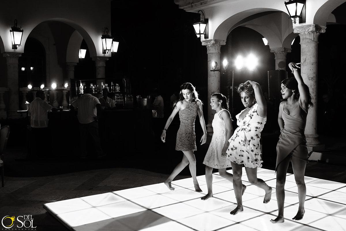 wedding-in-mexico-villa-la-joya-cancun-53.JPG