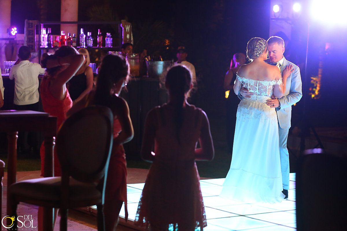 wedding-in-mexico-villa-la-joya-cancun-56.JPG