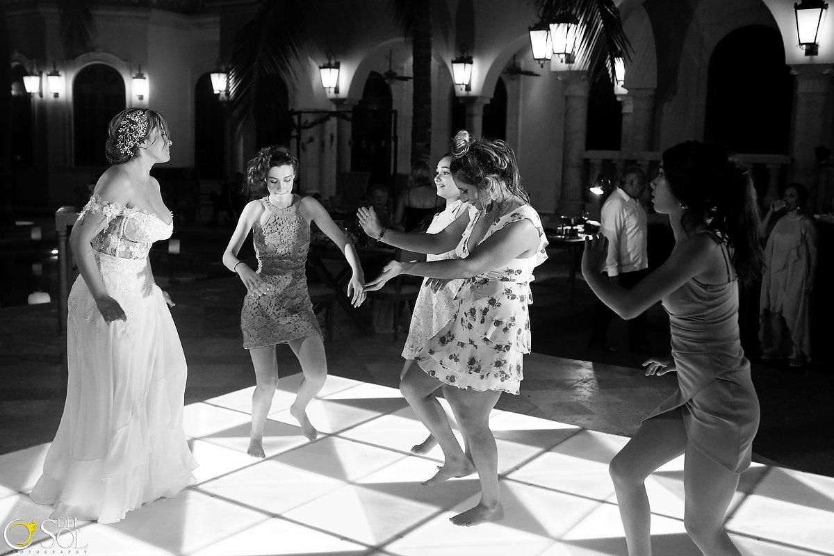wedding-in-mexico-villa-la-joya-cancun-65.JPG