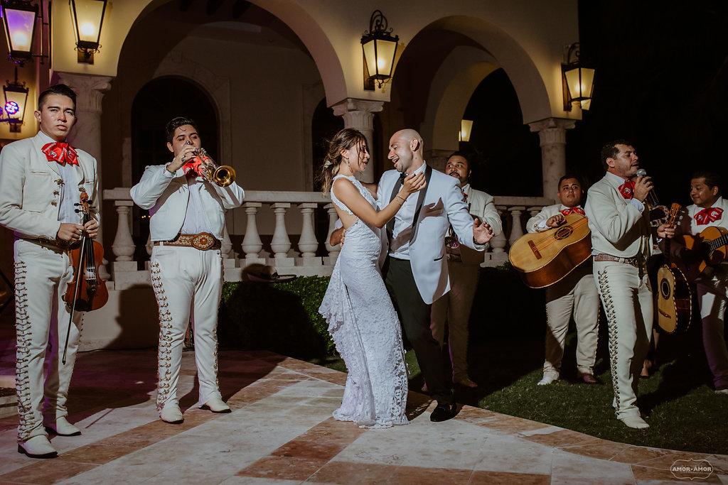 Cancun-Mexico-Destination-Wedding-Villa-La_Joya-27.jpg