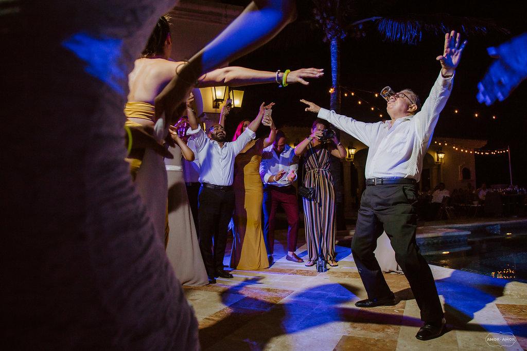 Cancun-Mexico-Destination-Wedding-Villa-La_Joya-33.jpg
