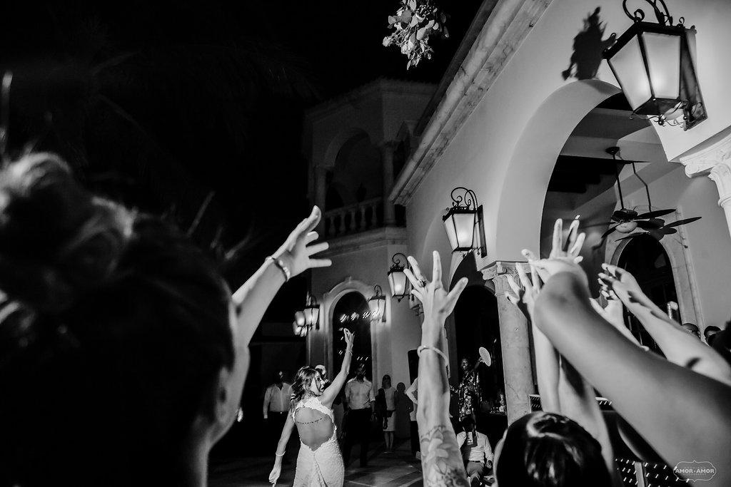 Cancun-Mexico-Destination-Wedding-Villa-La_Joya-34.jpg
