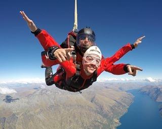 NZone Skydiving - Discount: Extra crew benefits