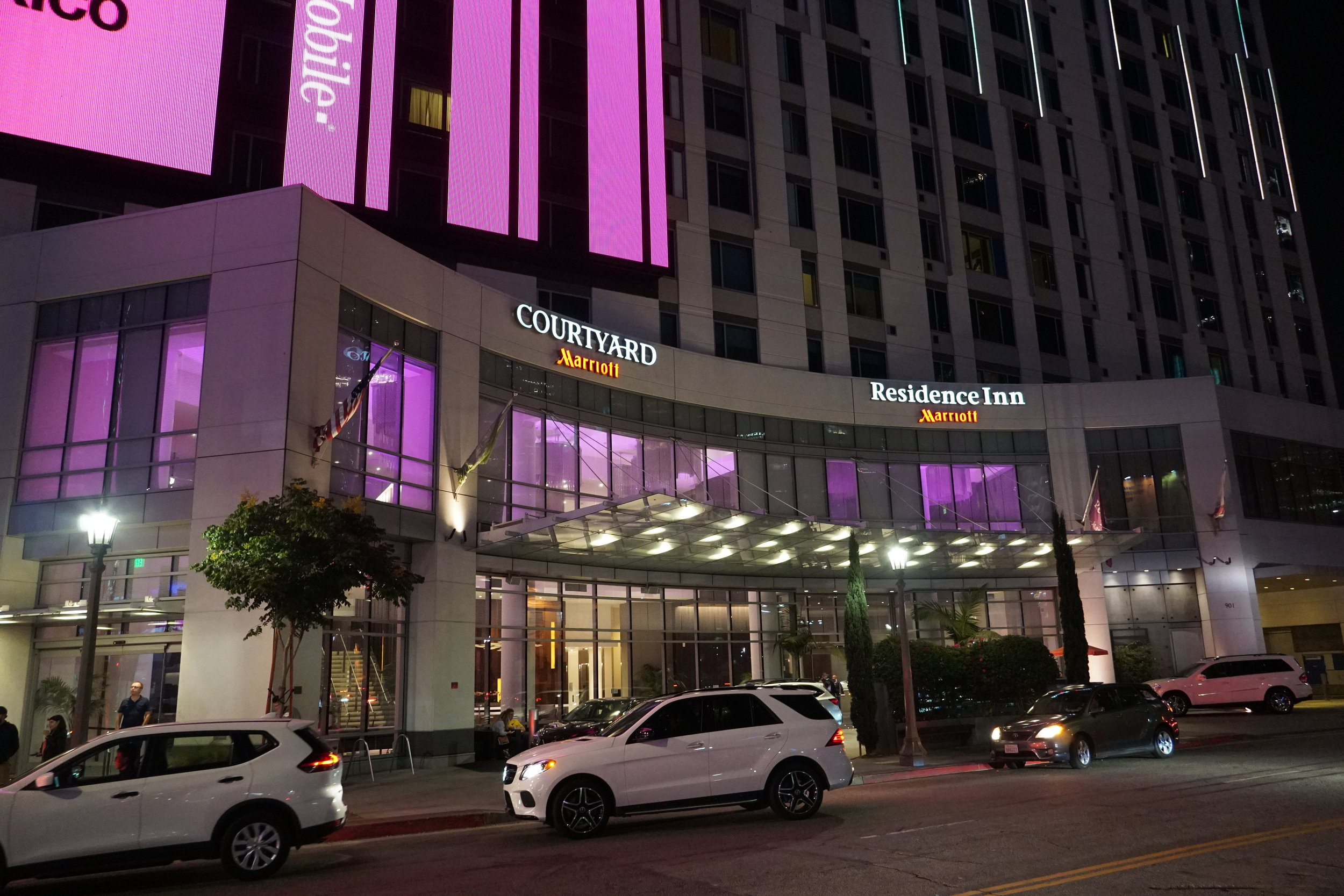 courtyard marriott and residence inn building