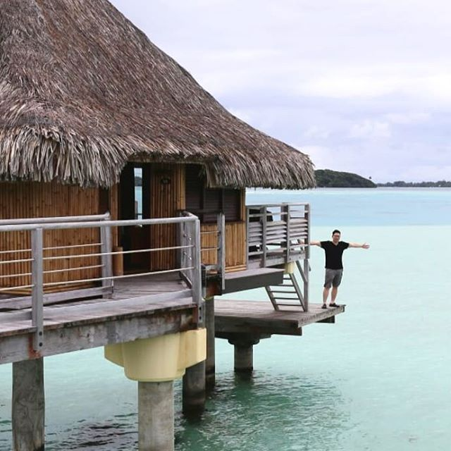What does the inside of an $1,100/night over water bungalow look like? Watch today's video for a room tour of the IHG Le Moana #borabora!  Learn the EXACT steps we used to find availability and book the stay using IHG points. 📸@mandyroams #AskSebby