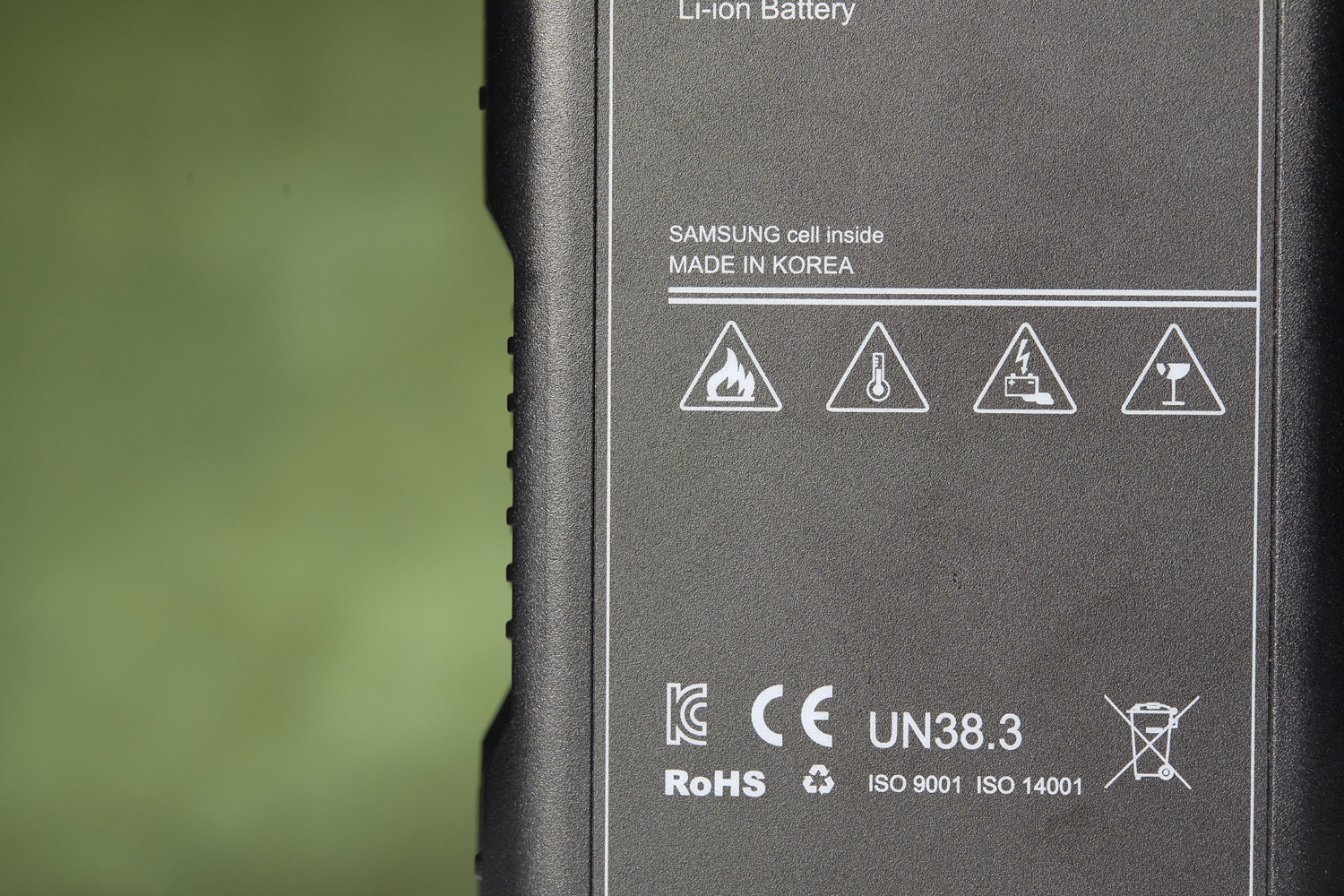 cages_batteries_0094_1.jpg