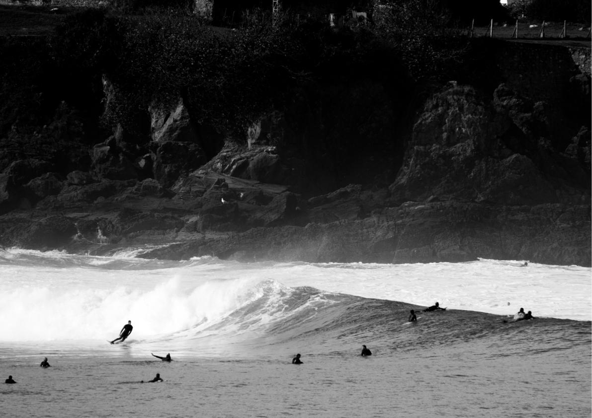 2018 Pukas Surf MUNDAKA surfing the basque country5.jpg