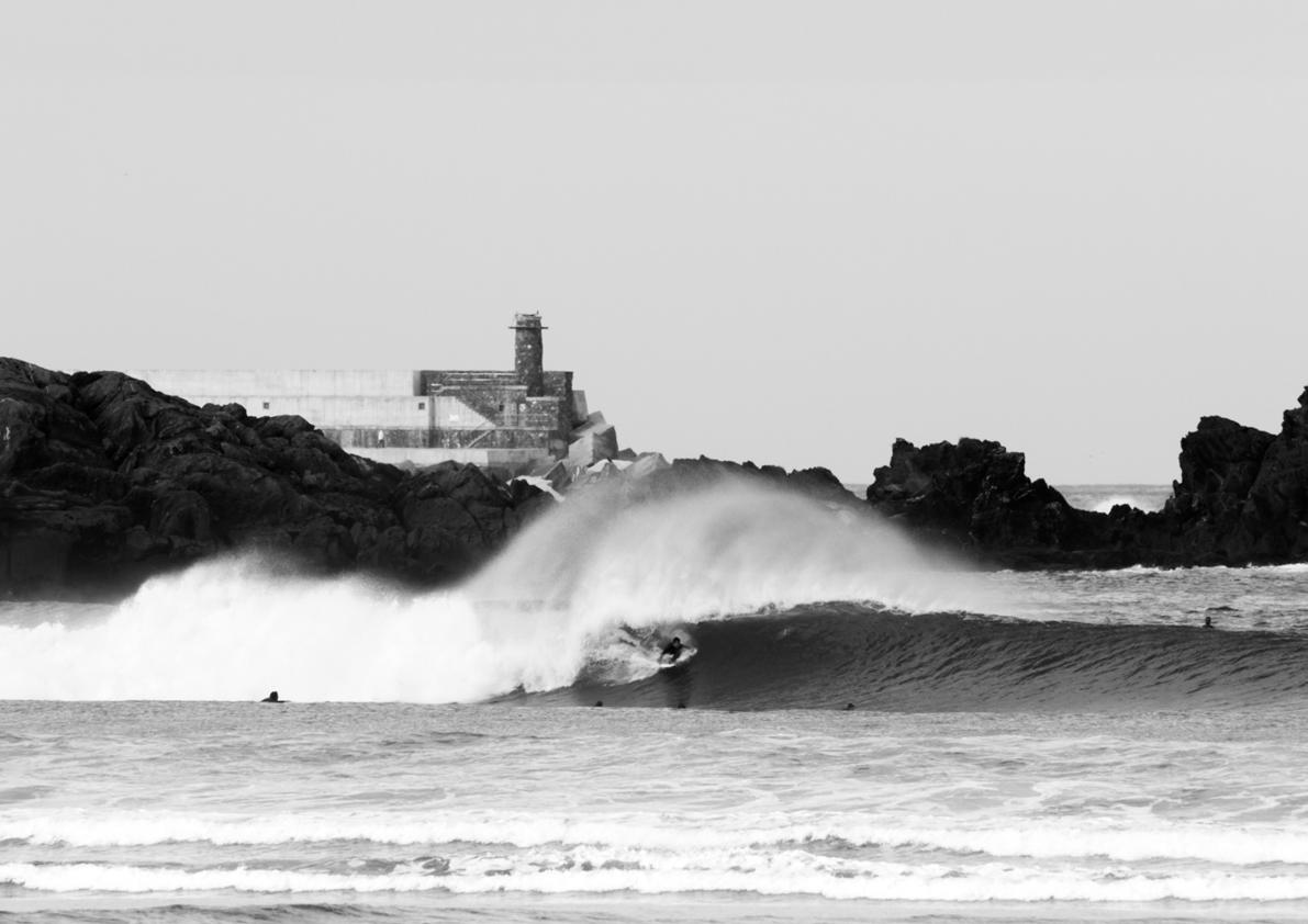 2018 Pukas Surf MUNDAKA surfing the basque country12.jpg