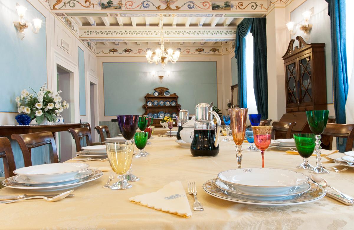 44-dining-room.jpg