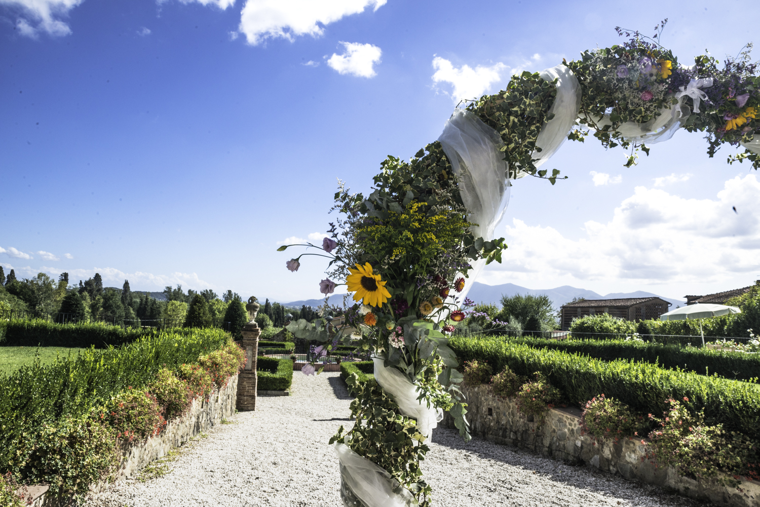 Wedding-Tuscany-villa.jpg