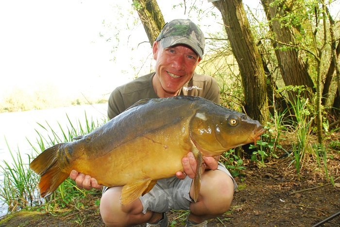 Iain Macmillan with a typical mirror