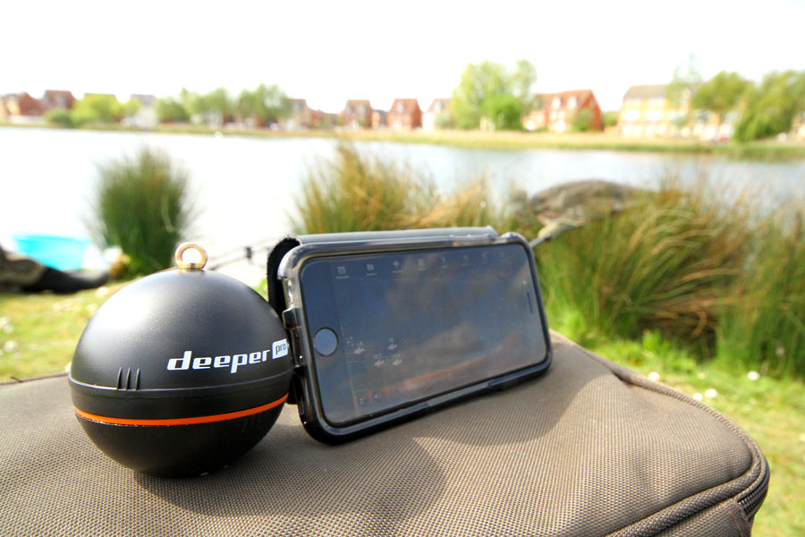The Deeper sends underwater info back to your phone