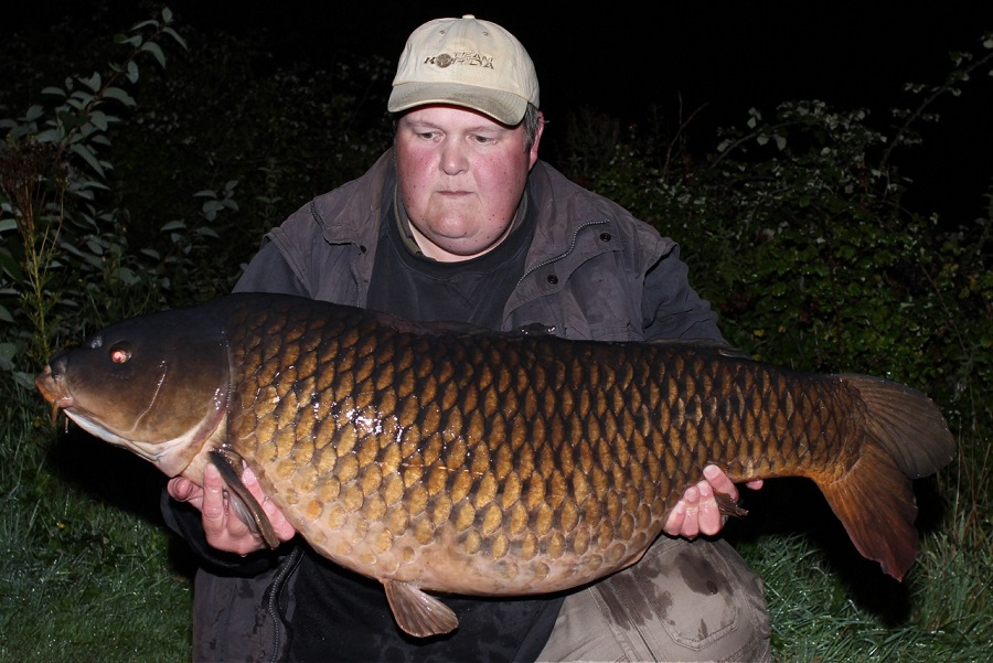 Ian Poole with the Long Common at 46lb 8oz