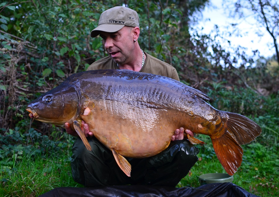 Stuart Morgan's very honestly weighed mirror