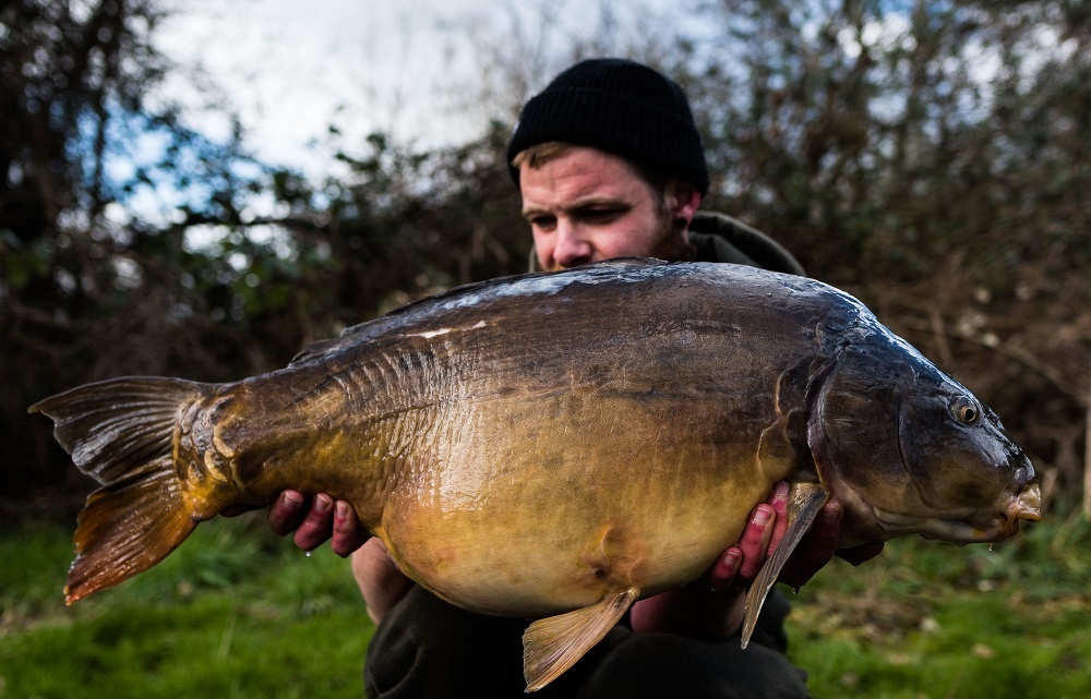 This mirror weighed 32lb 6oz