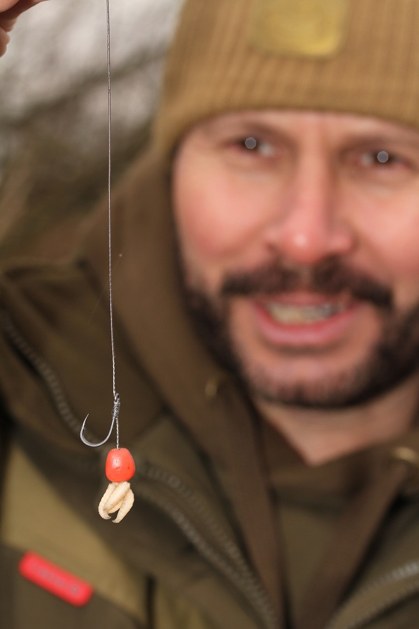 Simple but one of the best maggot rigs for carp