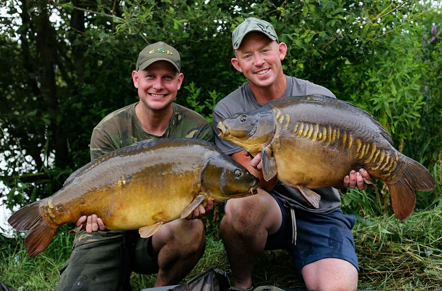 A brace of 30s for Kev Hewitt (L) and Mark Bartlett