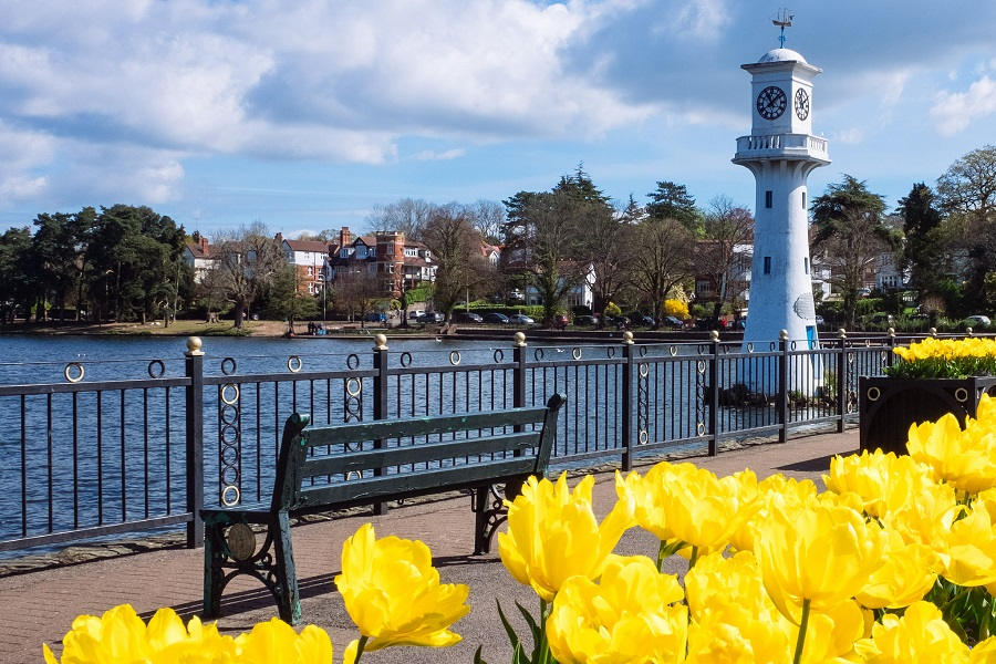 Roath Park Lake in Cardiff. Image: Gordan Plant (Flickr)