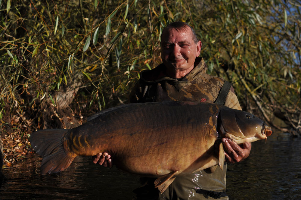 Mark with the Scar mirror from Linch Hill at 49lb 7oz