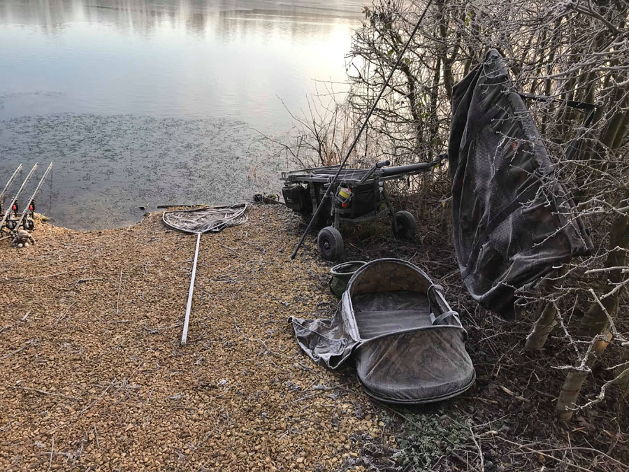 The morning after! Oxlease had frozen