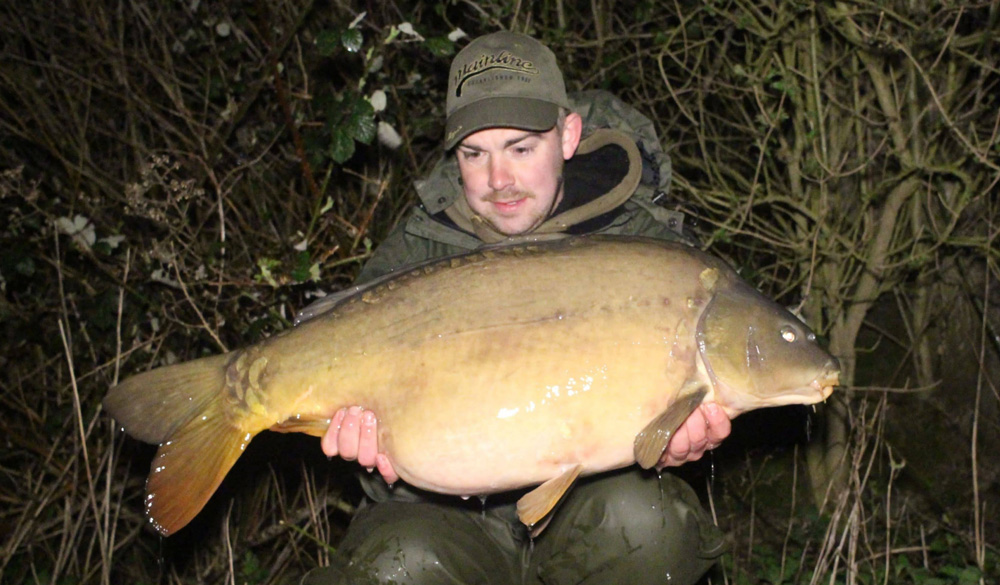 This mirror weighed 31lb 8oz