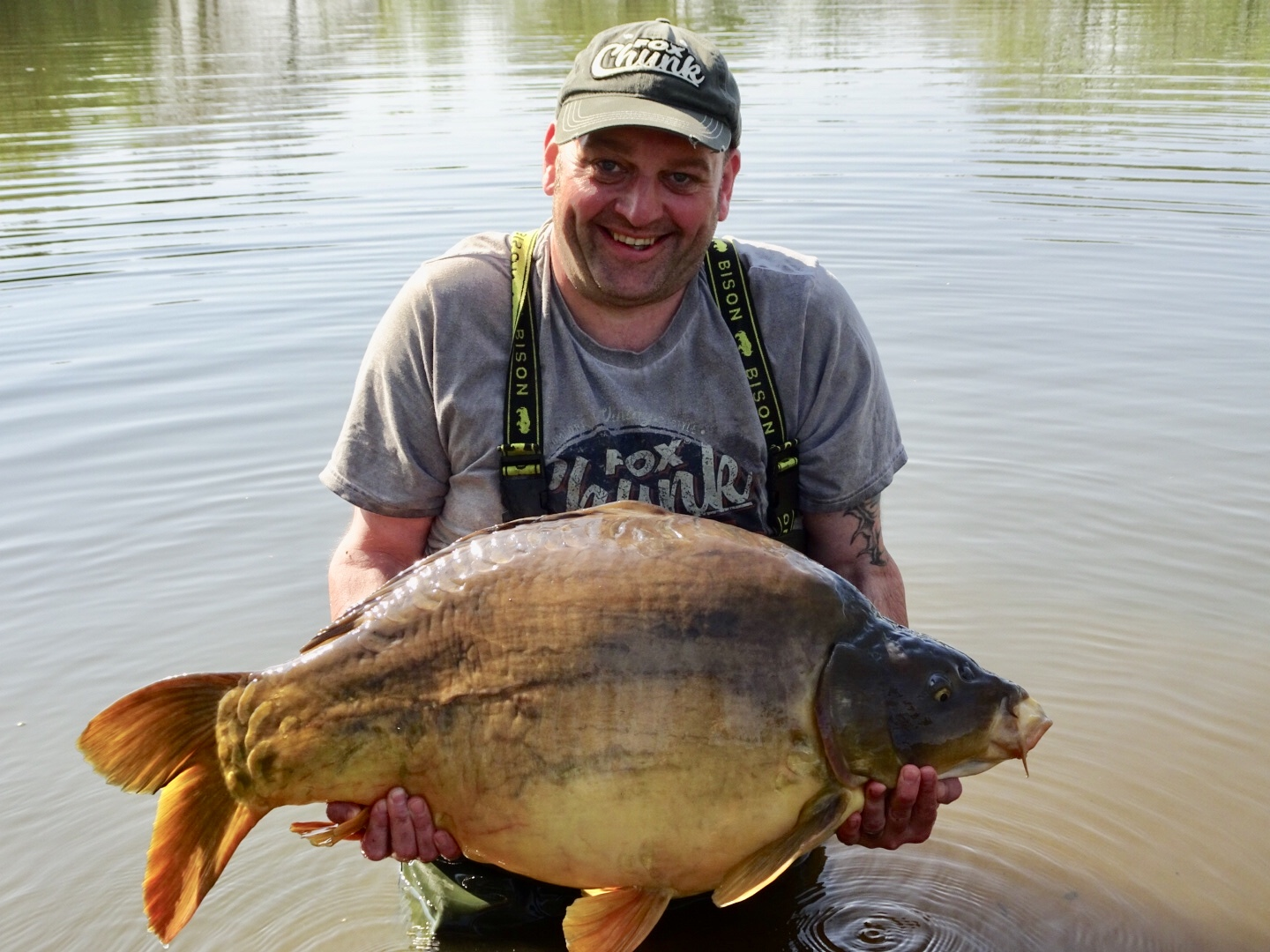 The smaller of the pair at 44lb 8oz