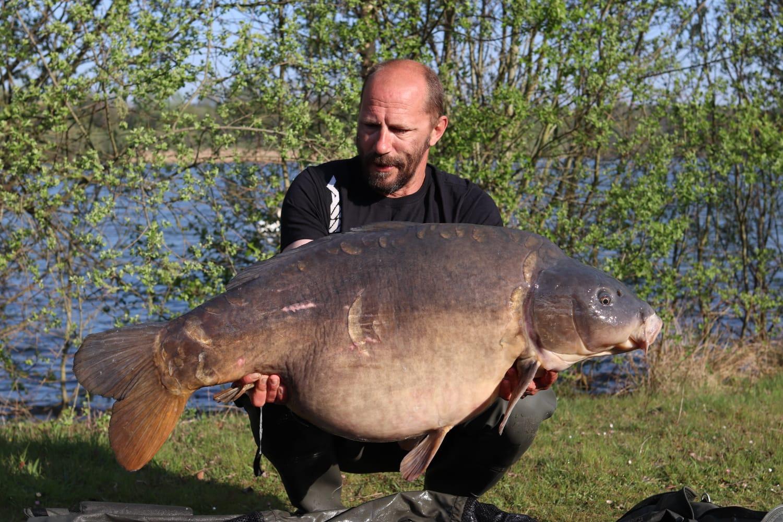 60lb 10oz of prime Hampshire mirror