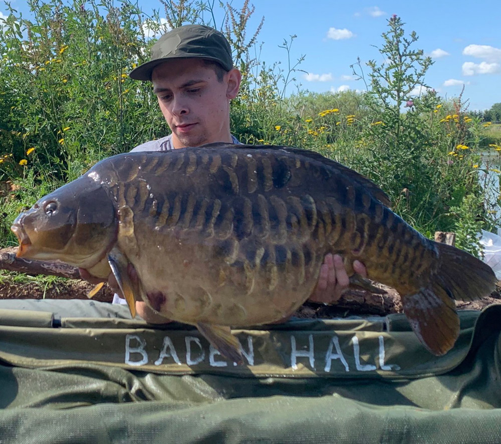 A cracking mirror for Tyron