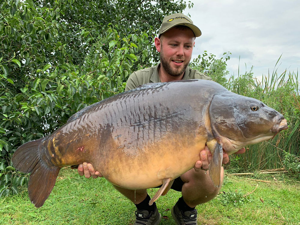 Gareth Milligan caught Richie at 44lb 4oz…
