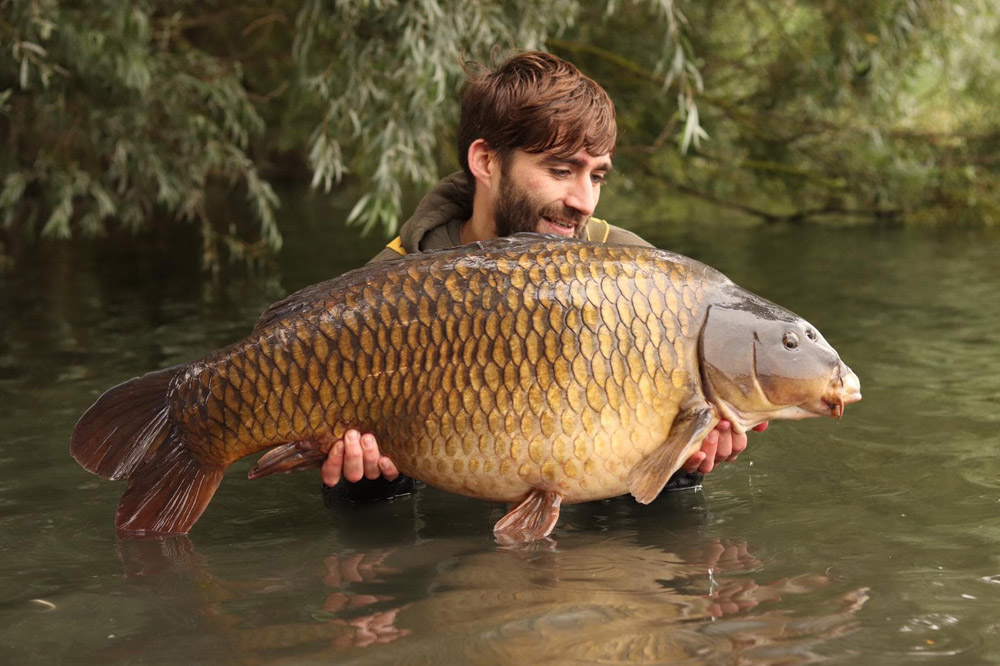 Liam also caught this 37lb 1oz common during the session