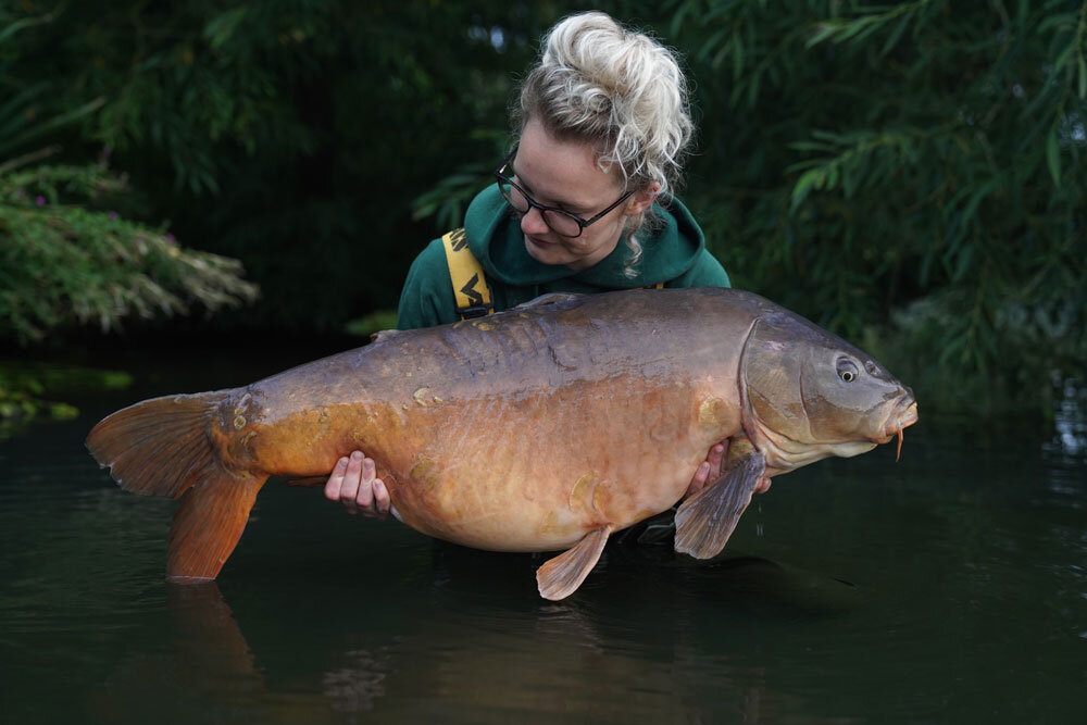 Spike at 40lb 8oz for Laura