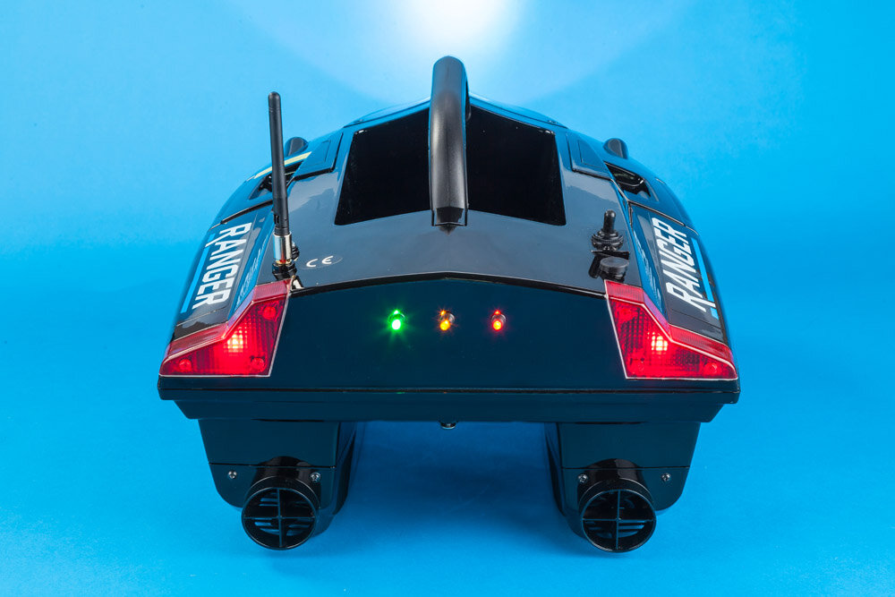 The car-like tail lamps and LED battery indicators