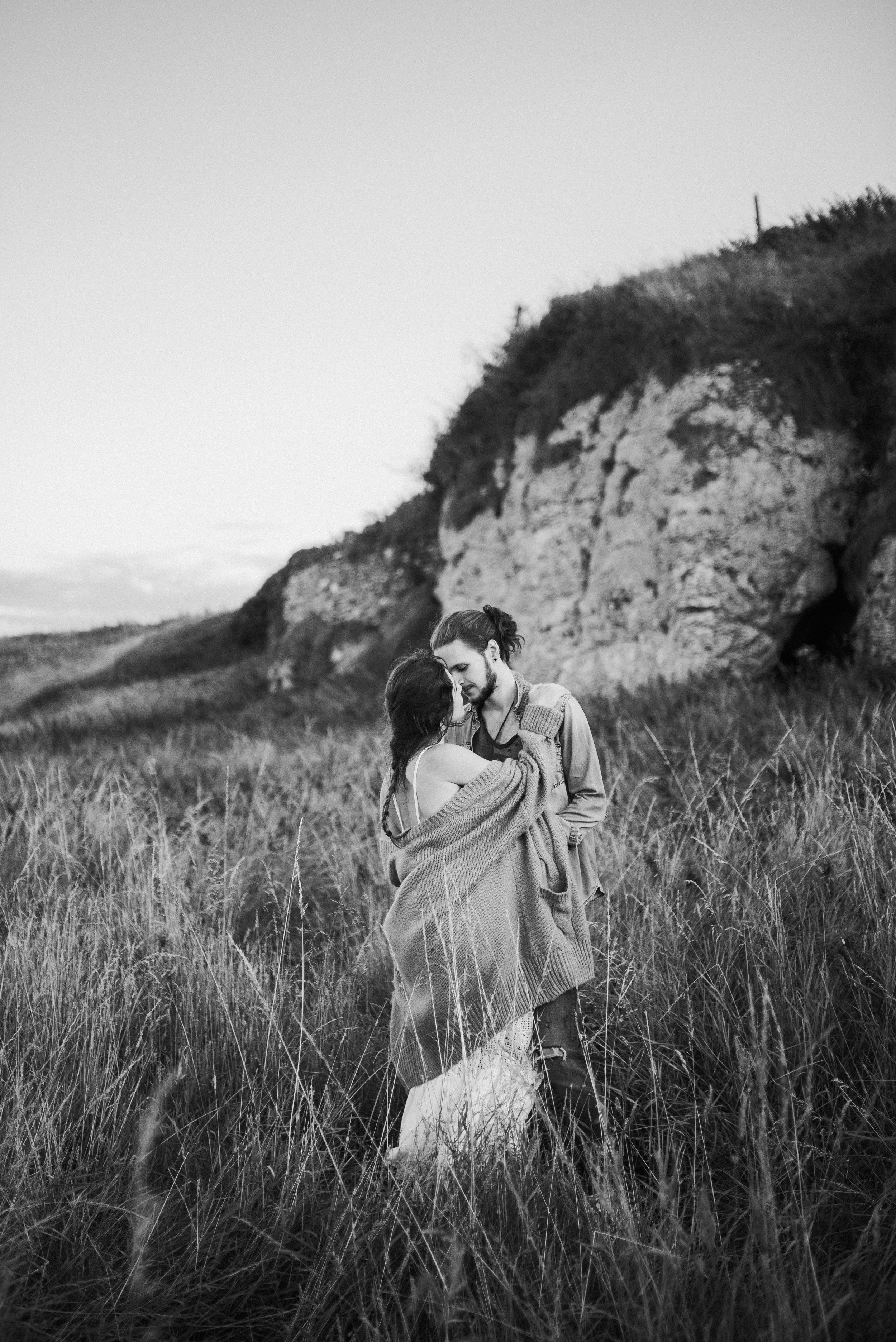 boho engagement shoot on the irish coast-10.jpg