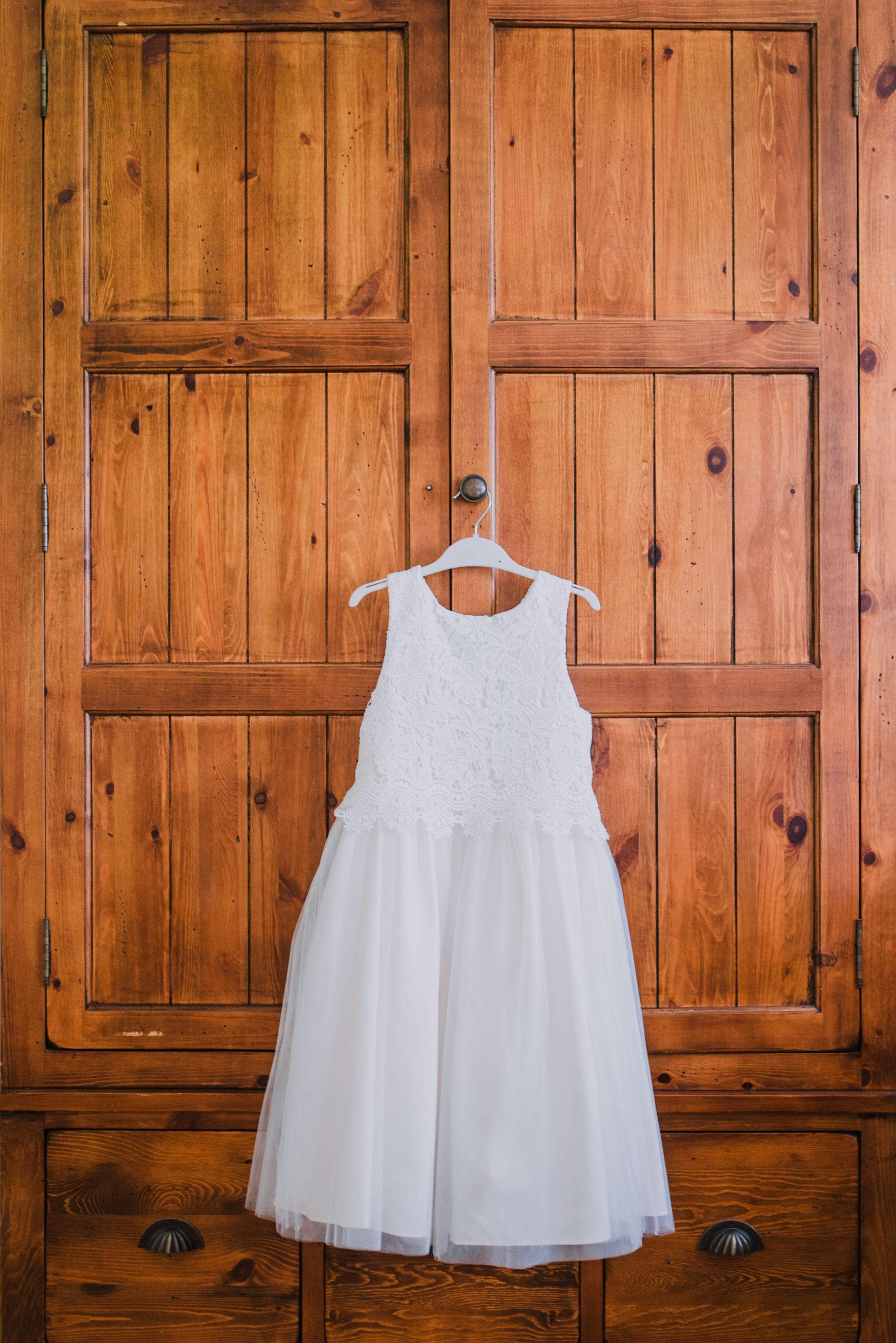 lissanoure castle wedding, northern ireland wedding photographer, romantic northern irish wedding venue, castle wedding ireland, natural wedding photography ni (4).jpg