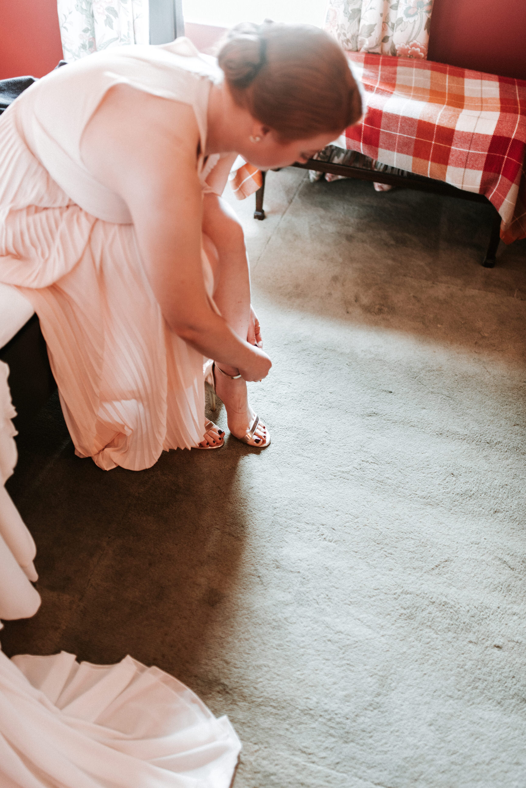 lissanoure castle wedding, northern ireland wedding photographer, romantic northern irish wedding venue, castle wedding ireland, natural wedding photography ni (28).jpg