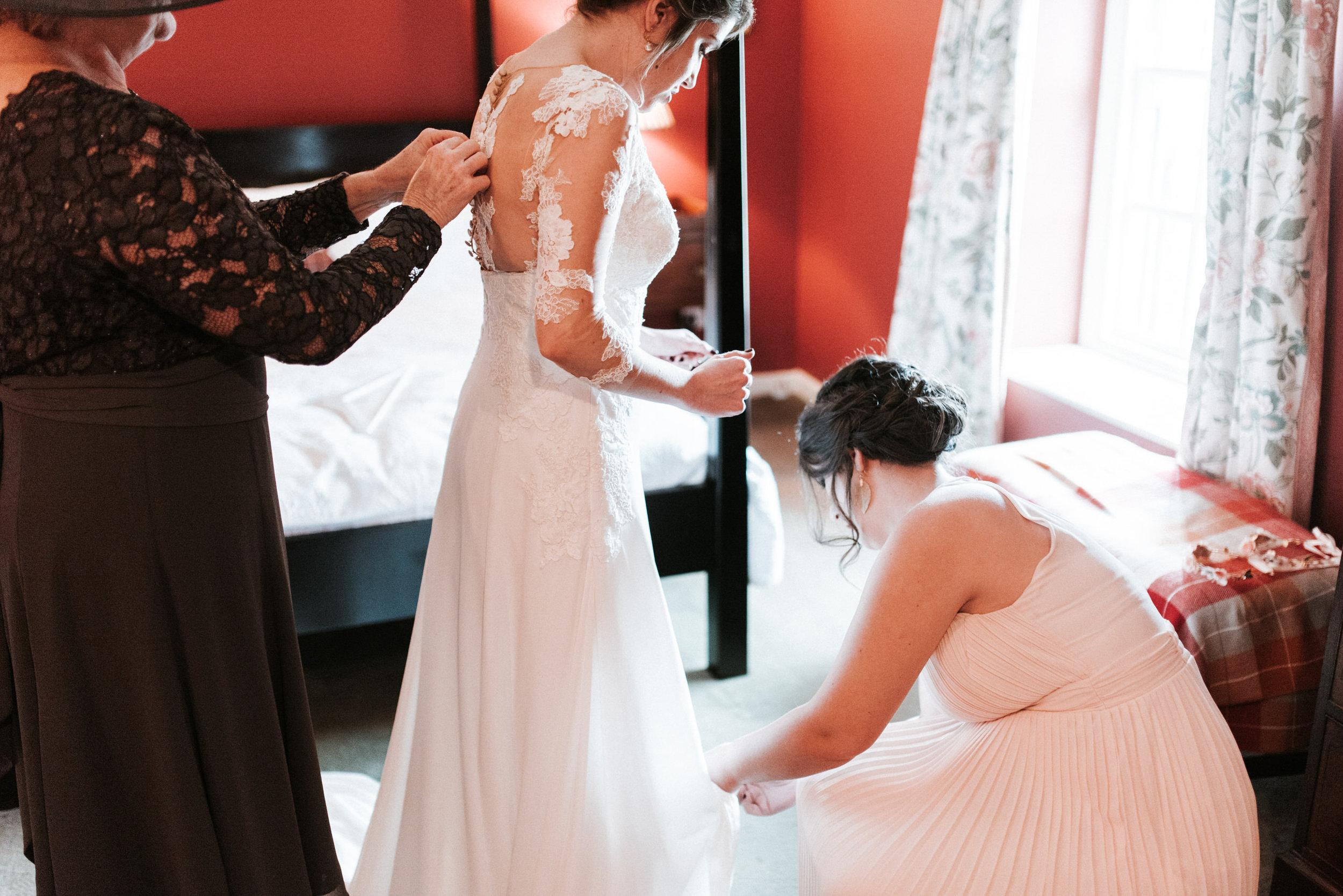 lissanoure castle wedding, northern ireland wedding photographer, romantic northern irish wedding venue, castle wedding ireland, natural wedding photography ni (32).jpg