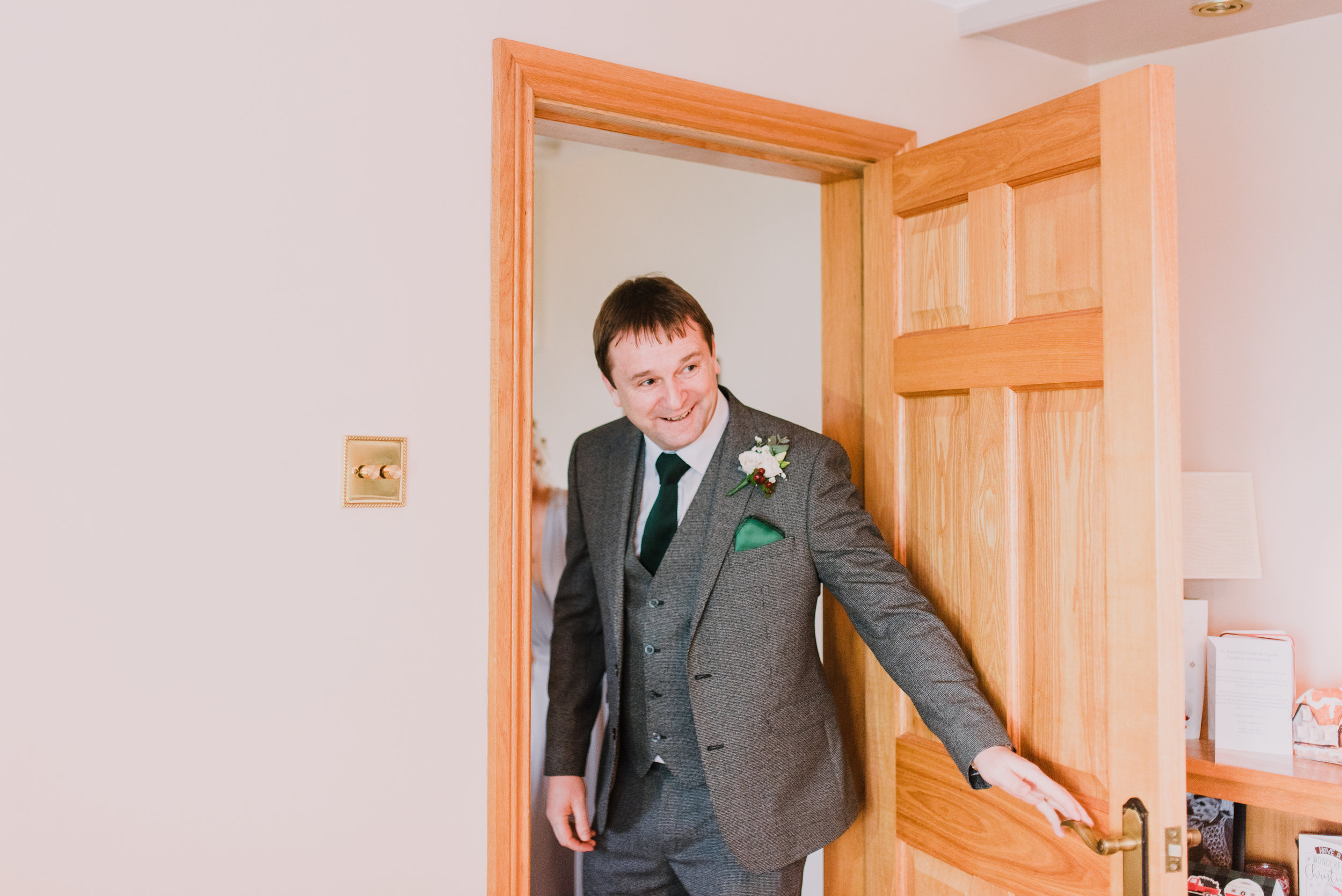 larchfield estate wedding, wedding venues northern ireland, barn wedding venues northern ireland, quirky weddings northern ireland, 5 star wedding venues northern ireland, wedding getting ready (24).jpg