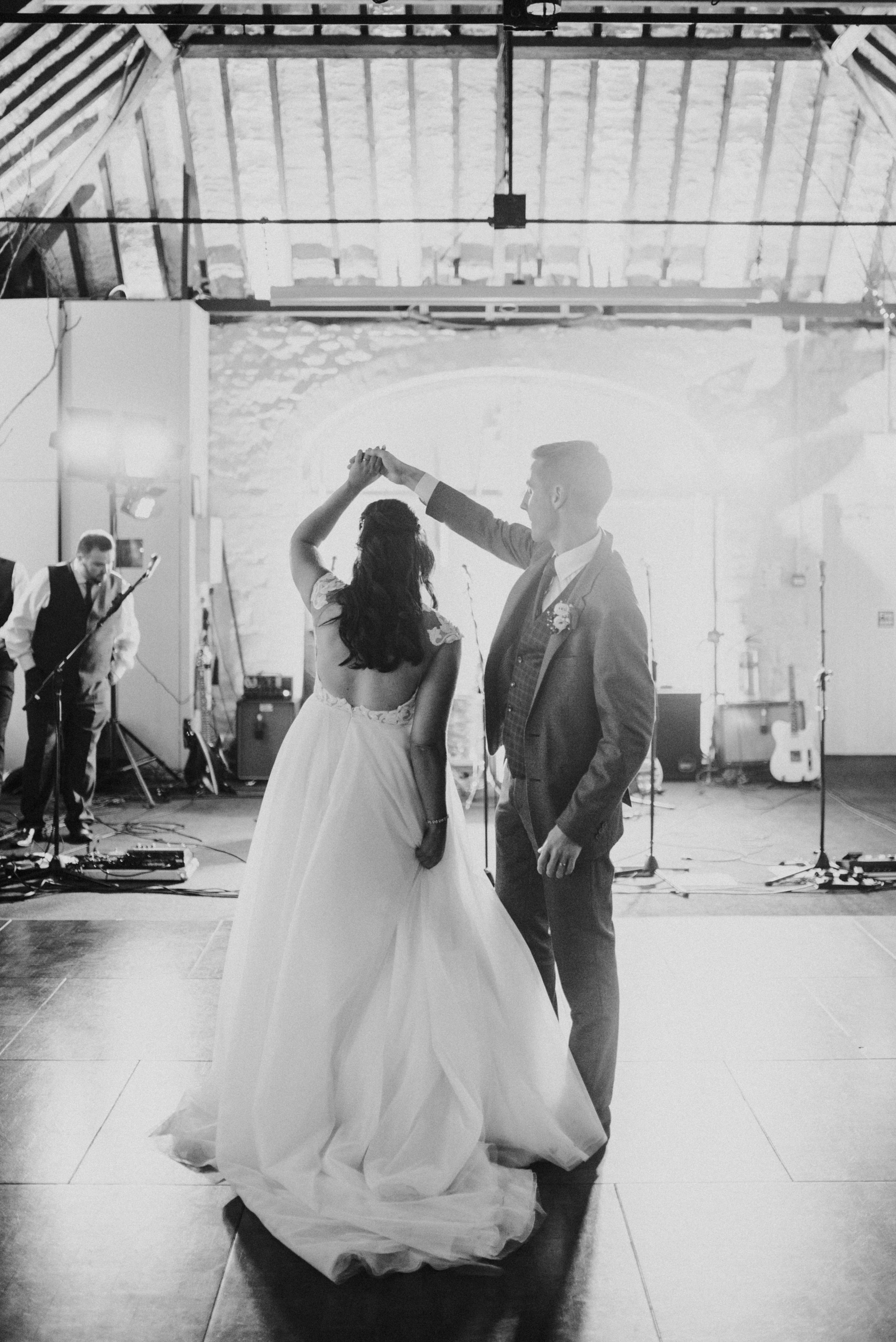 larchfield estate wedding, wedding venues northern ireland, barn wedding venues northern ireland, wedding photos larchfield estate, shane todd wedding, irish wedding, first dance (5).jpg