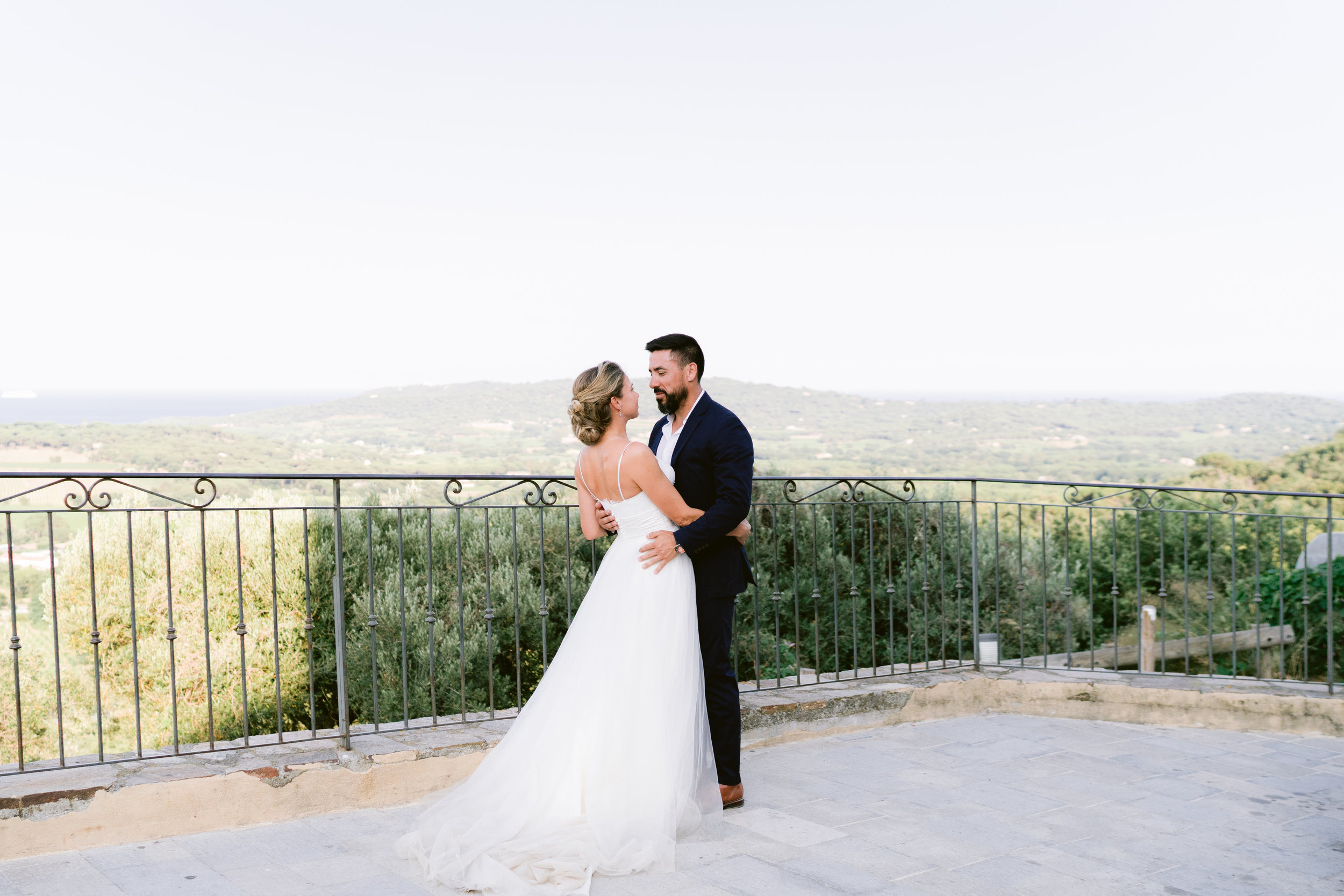 english photographer in france, wedding photographer saint tropez, romantic wedding photography france, chateau wedding france, cote d'azur wedding photographer, ramatuelle wedding (2).jpg