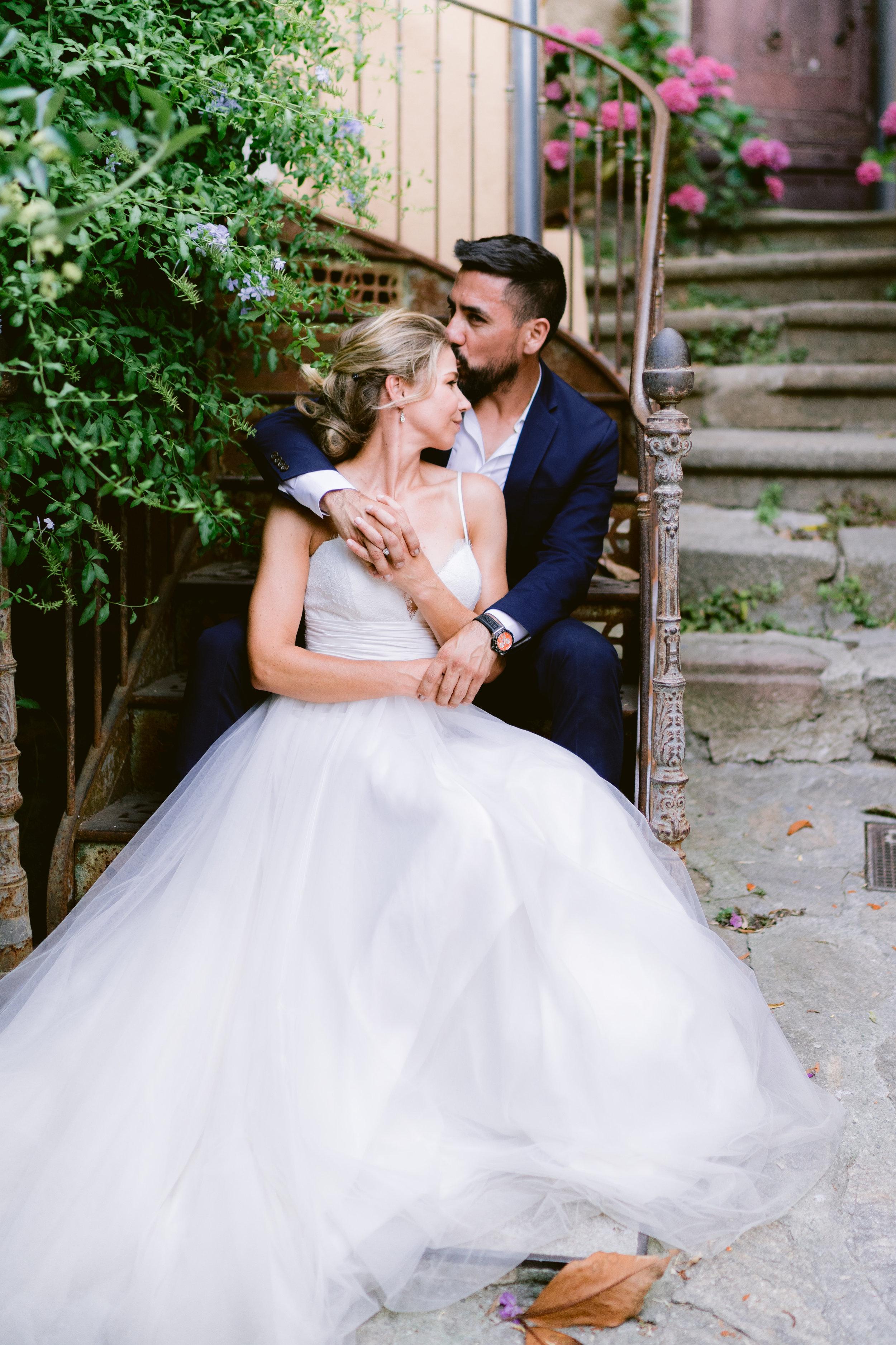 english photographer in france, wedding photographer saint tropez, romantic wedding photography france, chateau wedding france, cote d'azur wedding photographer, ramatuelle wedding (15).jpg