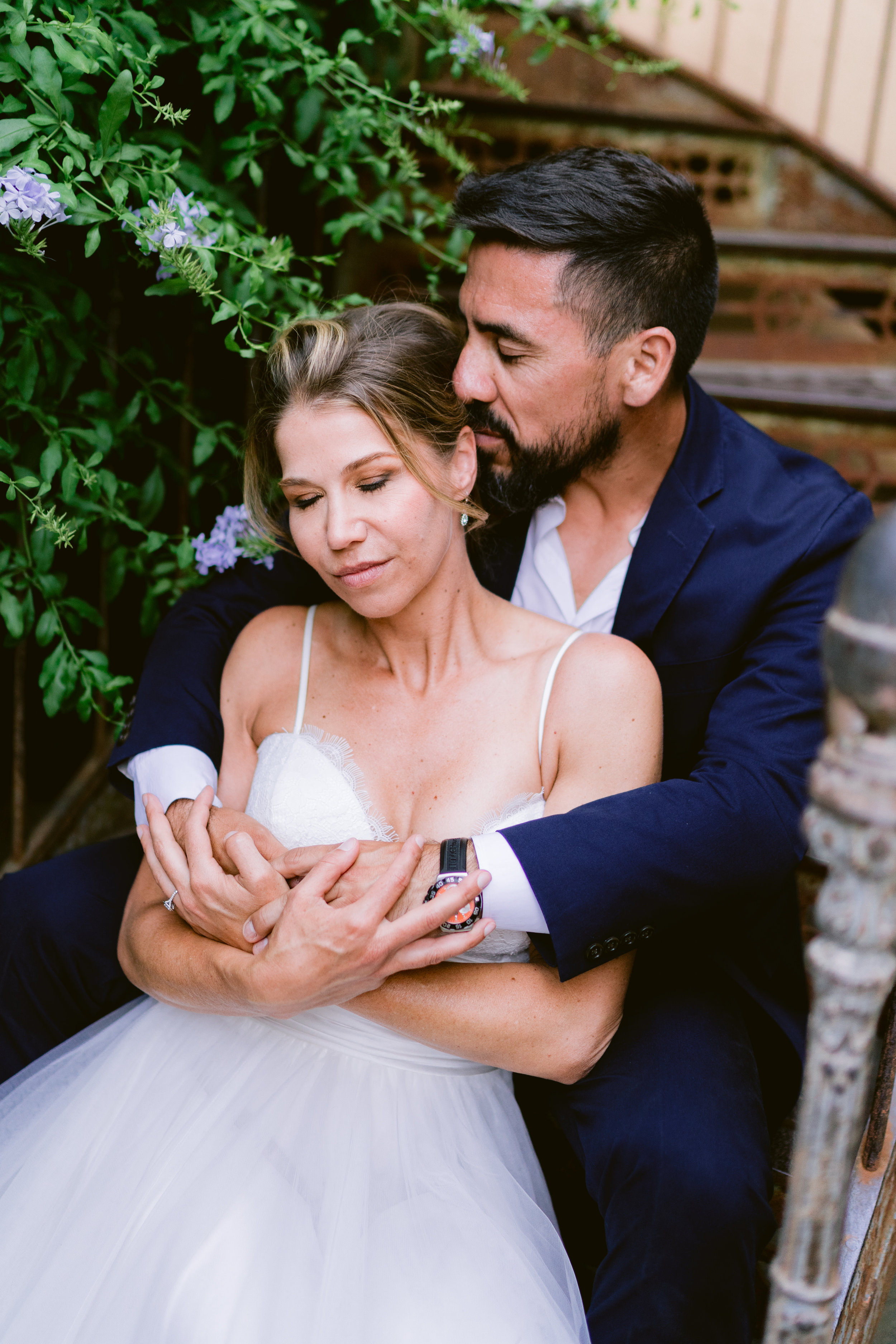 english photographer in france, wedding photographer saint tropez, romantic wedding photography france, chateau wedding france, cote d'azur wedding photographer, ramatuelle wedding (16).jpg