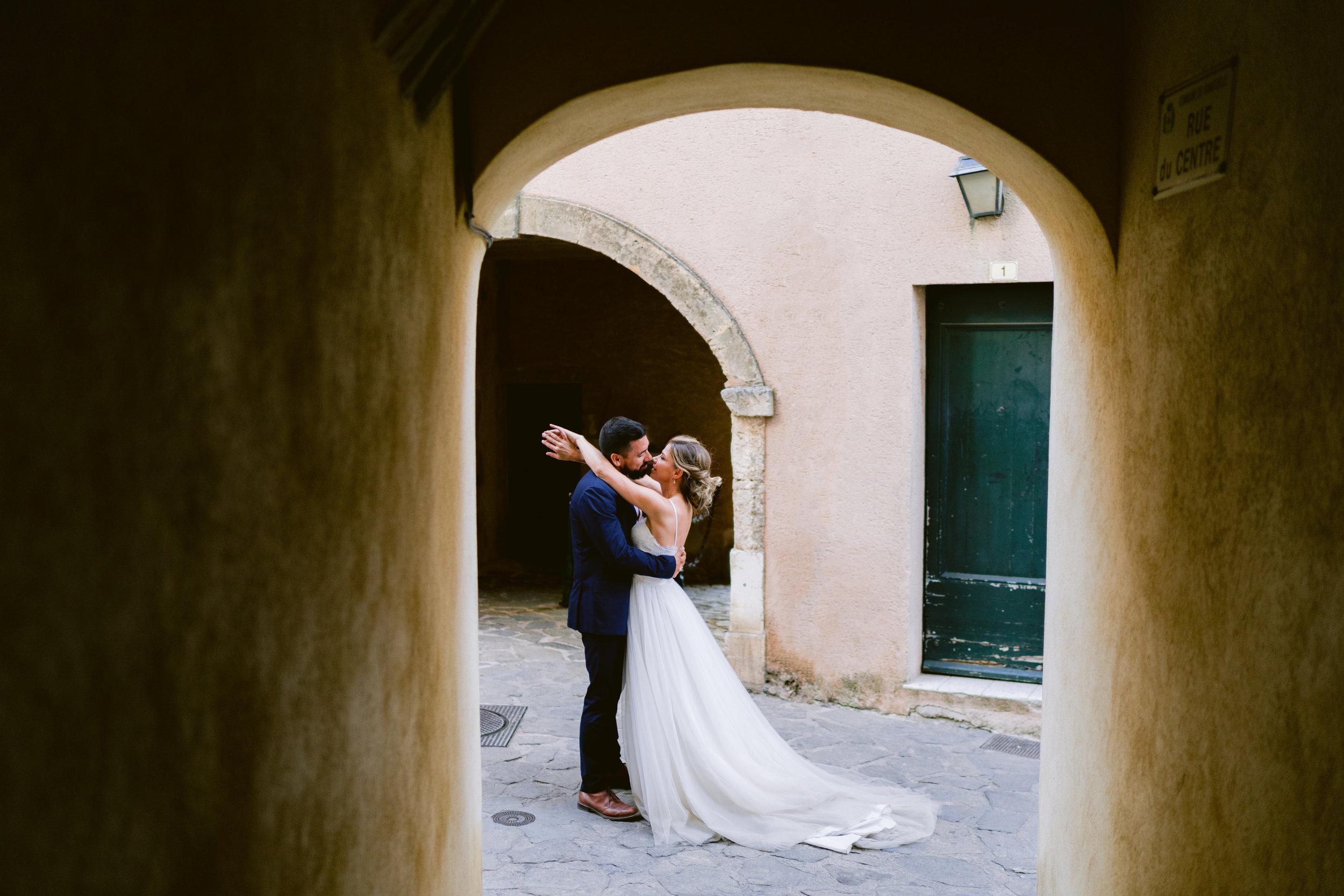 english photographer in france, wedding photographer saint tropez, romantic wedding photography france, chateau wedding france, cote d'azur wedding photographer, ramatuelle wedding (23).jpg